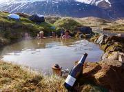 Island_Akuyeri_Viking_Heliskiing_Heisse_Quellen_travel-zone.ch_