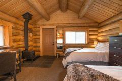 Kanada_British_Columbia_White_Wilderness_Heliskiing_Skeena_Salmon_Lodge_Zimmer_travel-zone.ch_